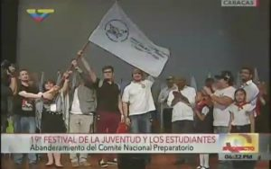 Ecuadors Vertretung übergab die Festivalfahne an Russland